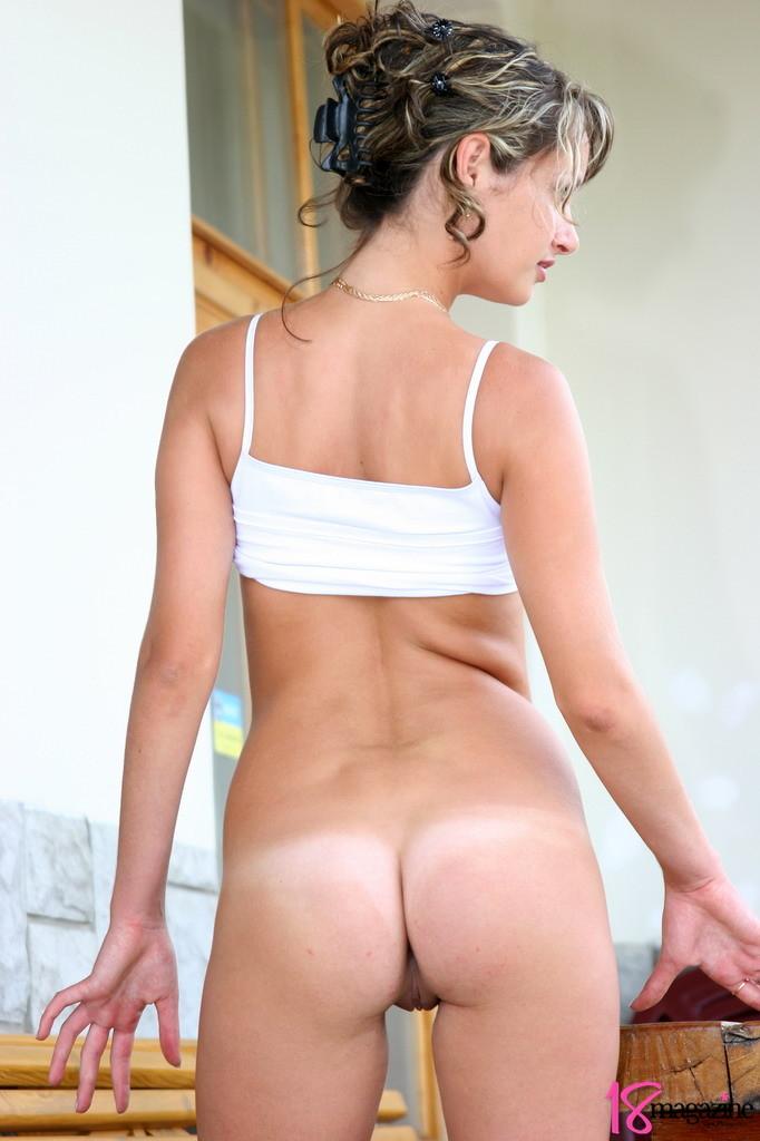 rihanna ass naked pussy
