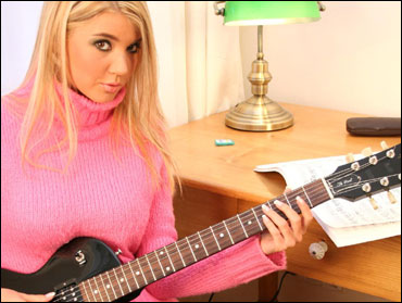 I Like To Be The Guitar Heroine! - Picture 1