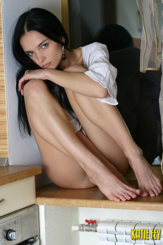erotika-s-peris-hilton-onlayn