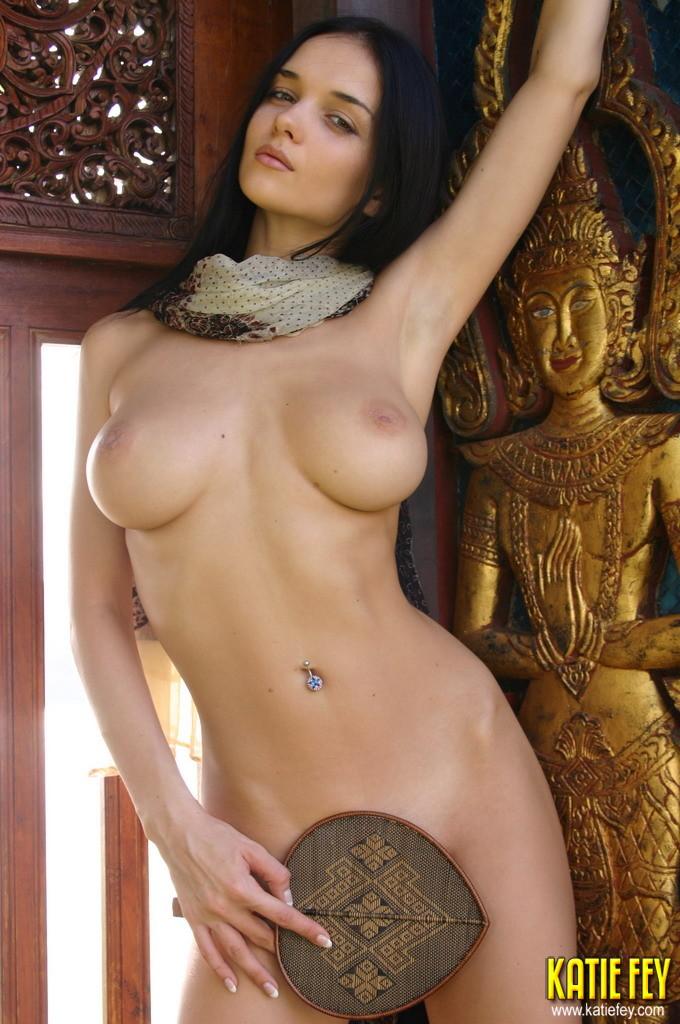 Pic hunter frei nude pic