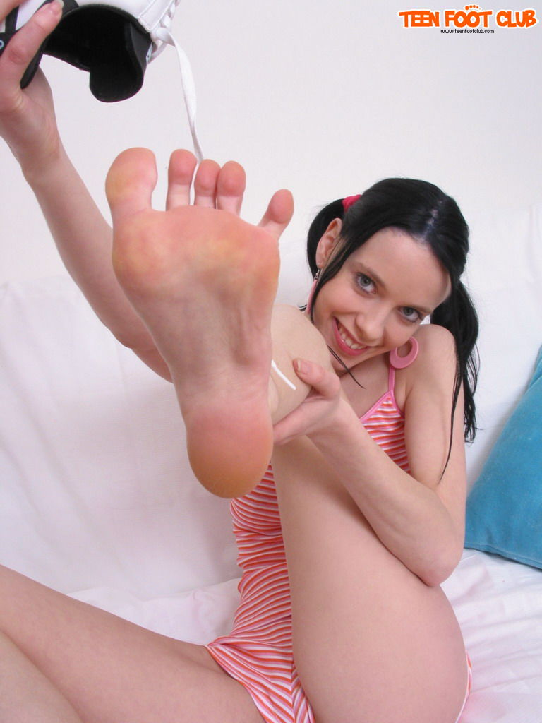 Can Teen feet club porn join told